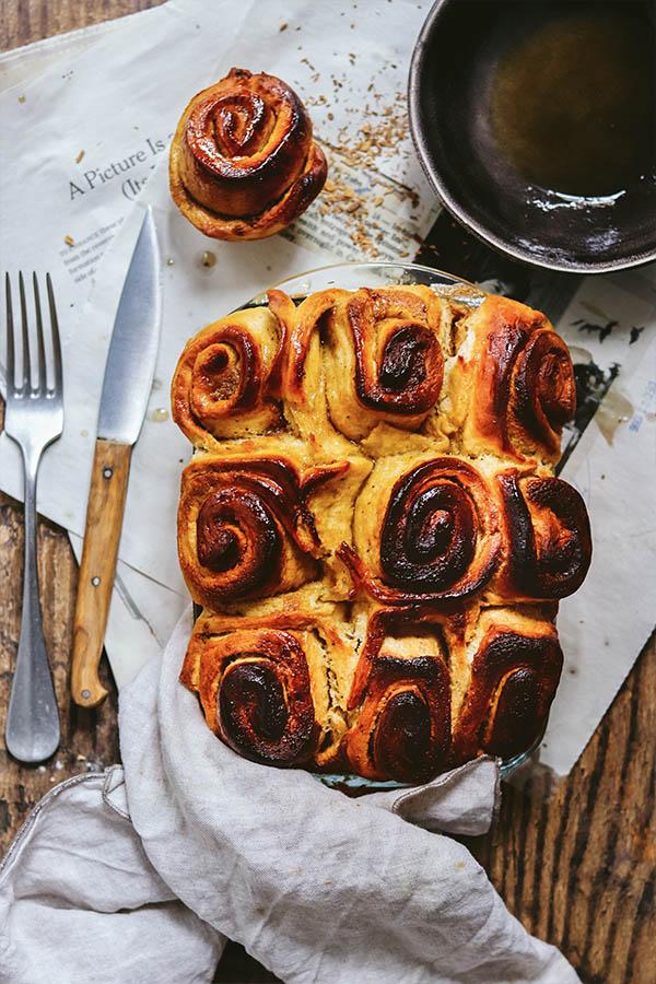 Cinnamon rolls veganos