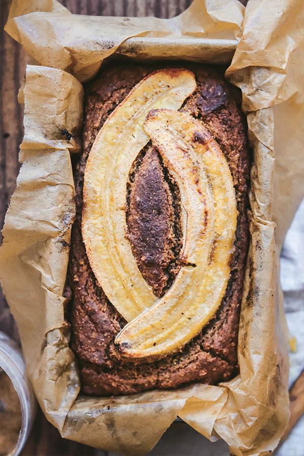 cómo hacer un banana bread sin gluten vegano