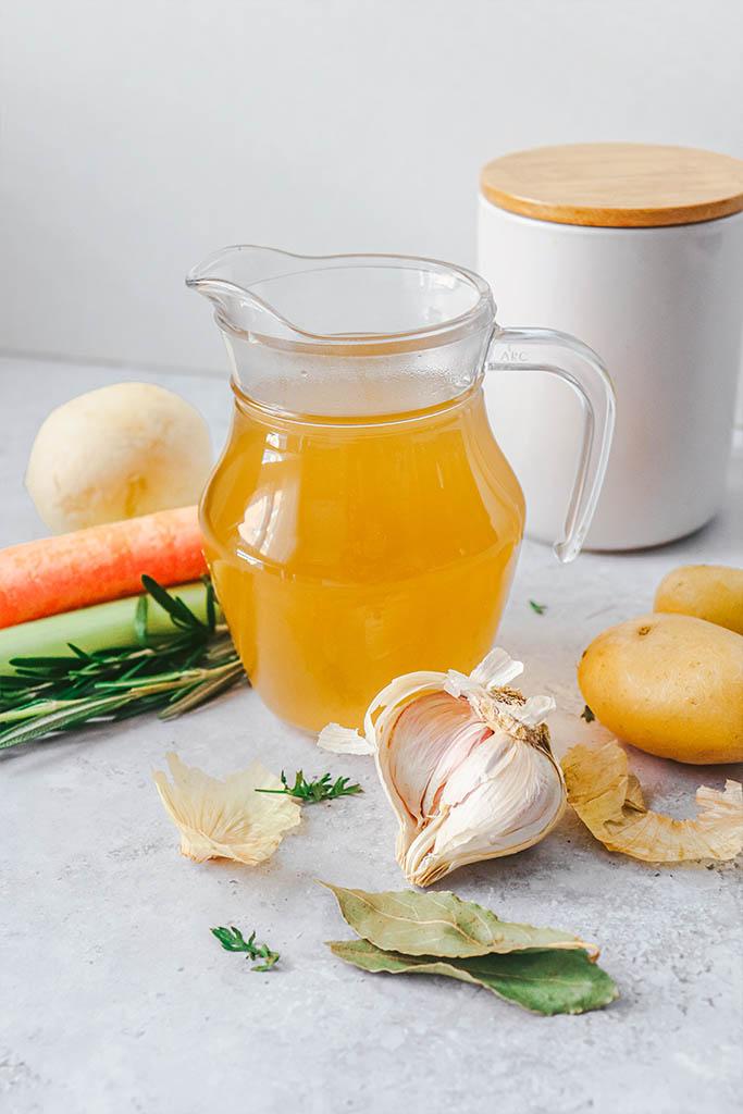 receta caldo de verduras casero